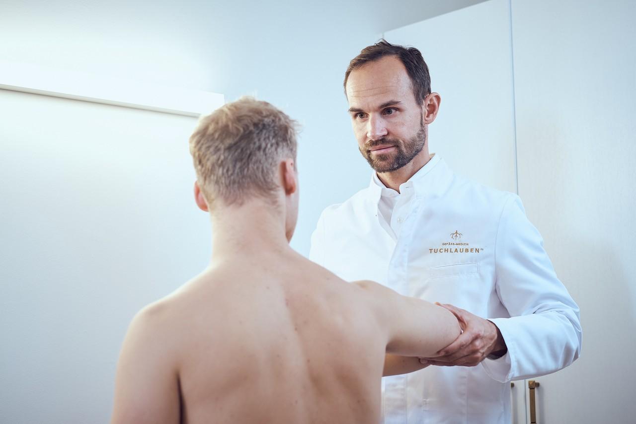 """Neue Behandlungsmethode bei weit verbreiteter """"Tennisarm"""" Erkrankung - Neue Behandlungsmethode bei weit verbreiteter """"Tennisarm""""-Erkrankung"""